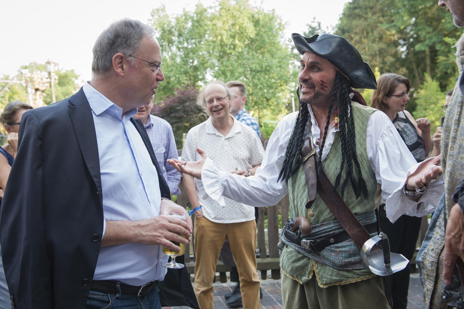 Im Gespräch mit den Piraten des Heide Parks