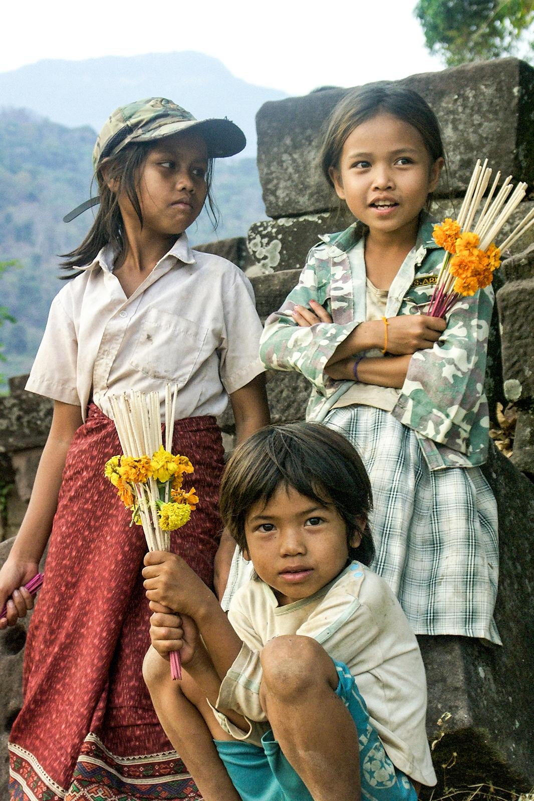 Laos 2004